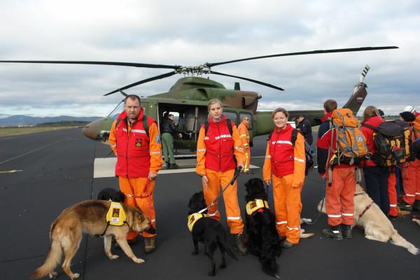 Vodniki reševalnih psov
