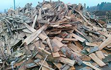 Odčelki  Kratki koščki lesa, ki nastanejo pri prečnem obžagovanju koncev okroglega ali žaganega lesa.