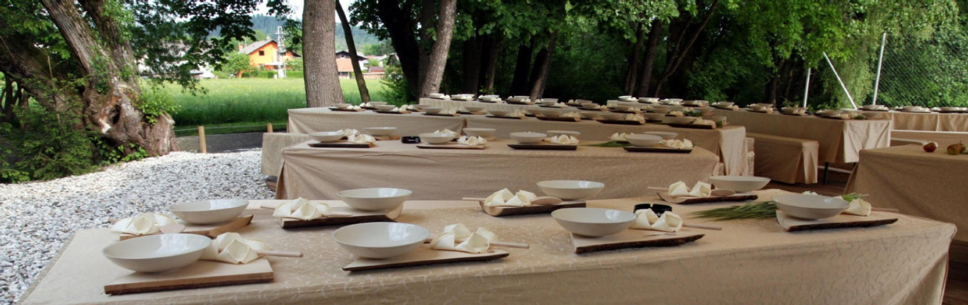 �arobni piknik