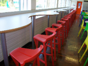 Plasti�ni barski stoli