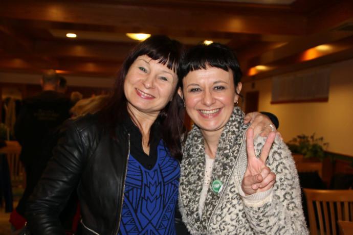 Na letni skup��ini dru�tva Gibanje TRS in letni konvenciji Stranke za ekosocializem in trajnostni razvoj Slovenije � TRS smo izvolili novi vodstvi. Predsednica dru�tva Gibanje TRS je ostala Lara Jankovi�, na mesto predsednice Stranke TRS je bila izvoljena Violeta Tomi�.