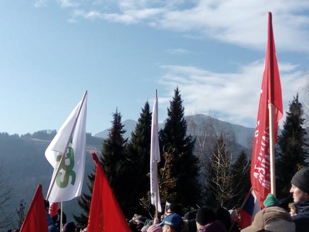 Dražgoše 08.01.2017 Skupaj s člani IDSa so se udeležili slovesnosti v Dražgošah